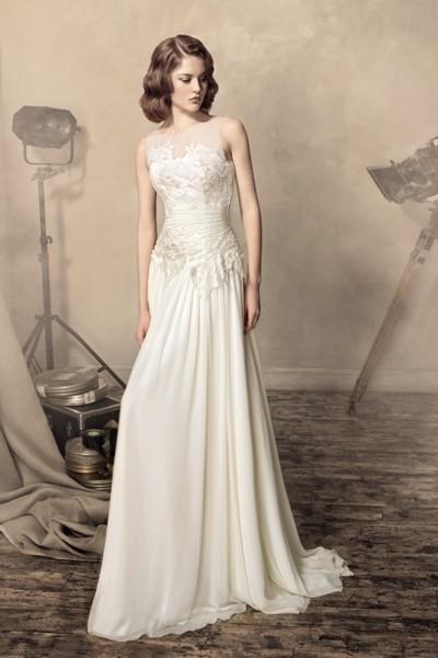 Вы заходите в свадебный салон и чувствуете растерянность. В данном разделе каталога представлены свадебные платья в греческом стиле